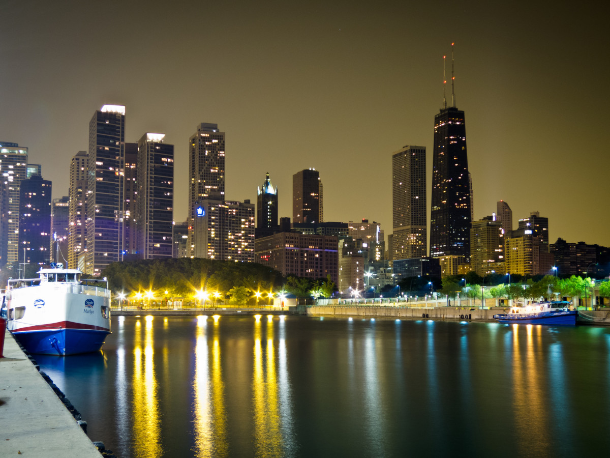 Chicago skyline from Navy Pier at night