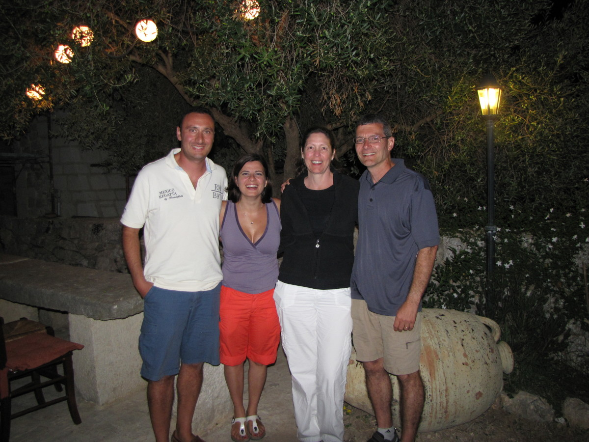 Under the olive tree.  Francesco, Francesca, Terry, Bill