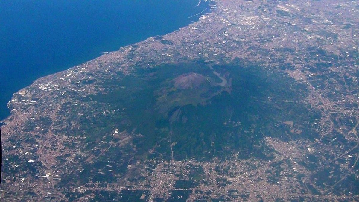 Aerial view of Mount Vesuvius.  Notice how populated the area around the mountain is.