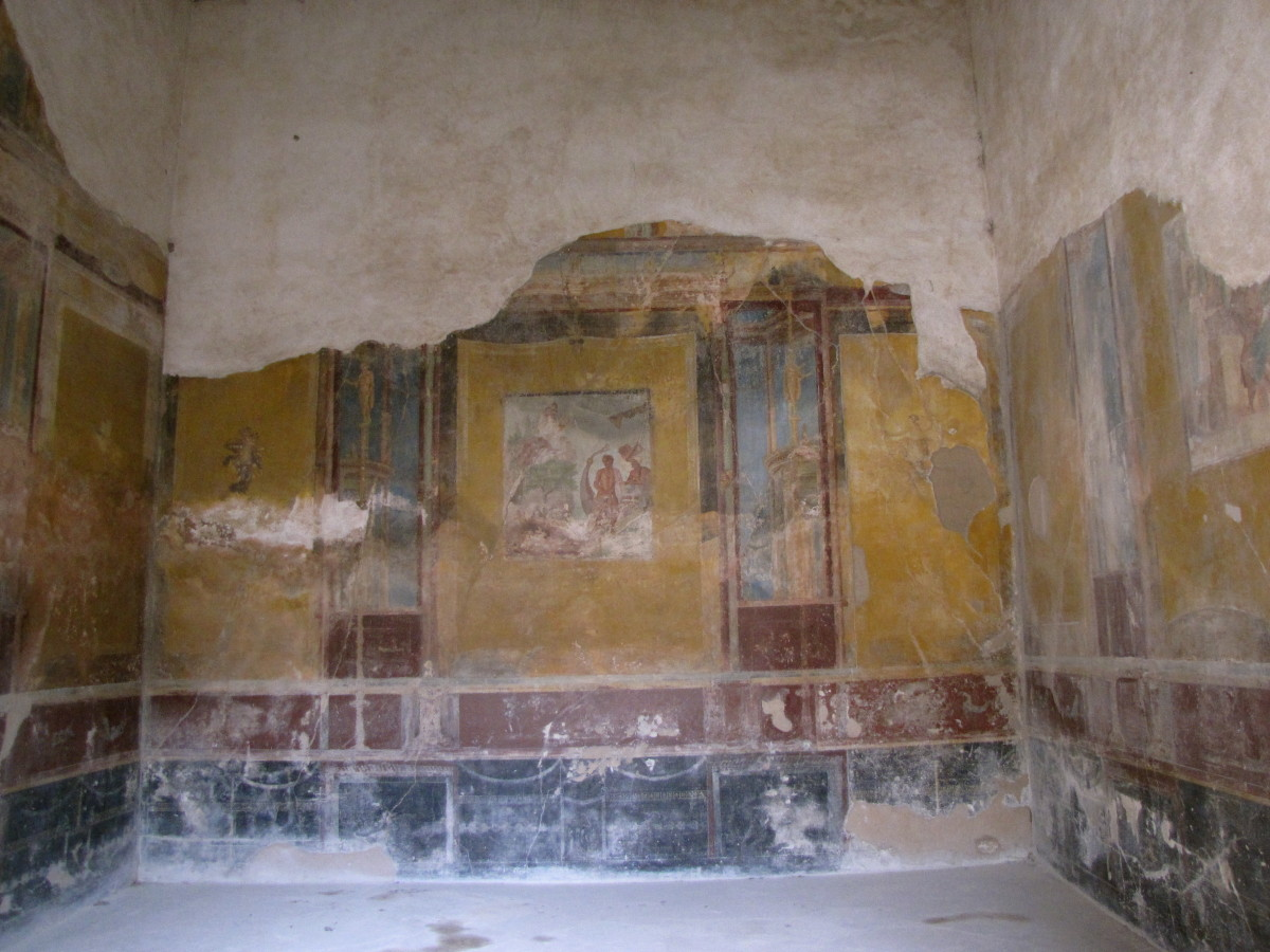 Well preserved frescoes.