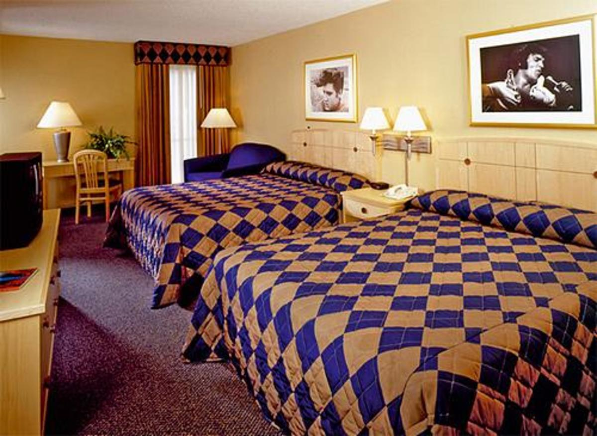 This is one of the basic rooms at The Heartbreak Hotel on the grounds of Graceland. The room looks exactly like the one we had and is a basic hotel room with nothing special.