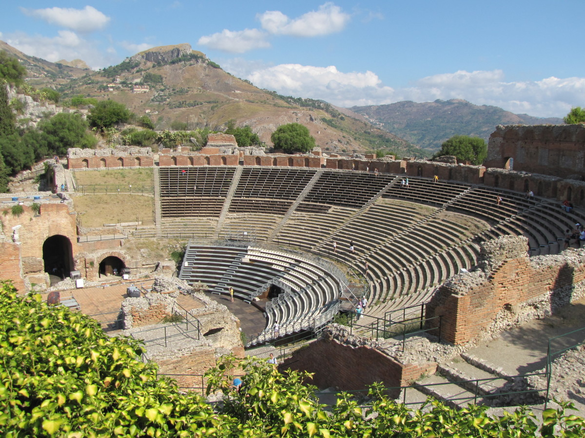 Visiting The Ancient Greek Theatre Of Taormina Sicily