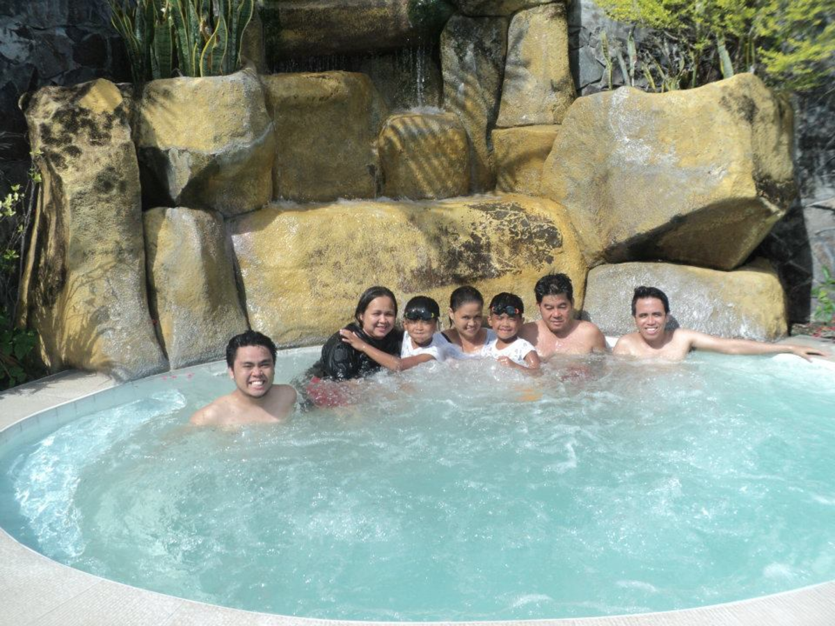 A Jacuzzi at Palm Beach Resort