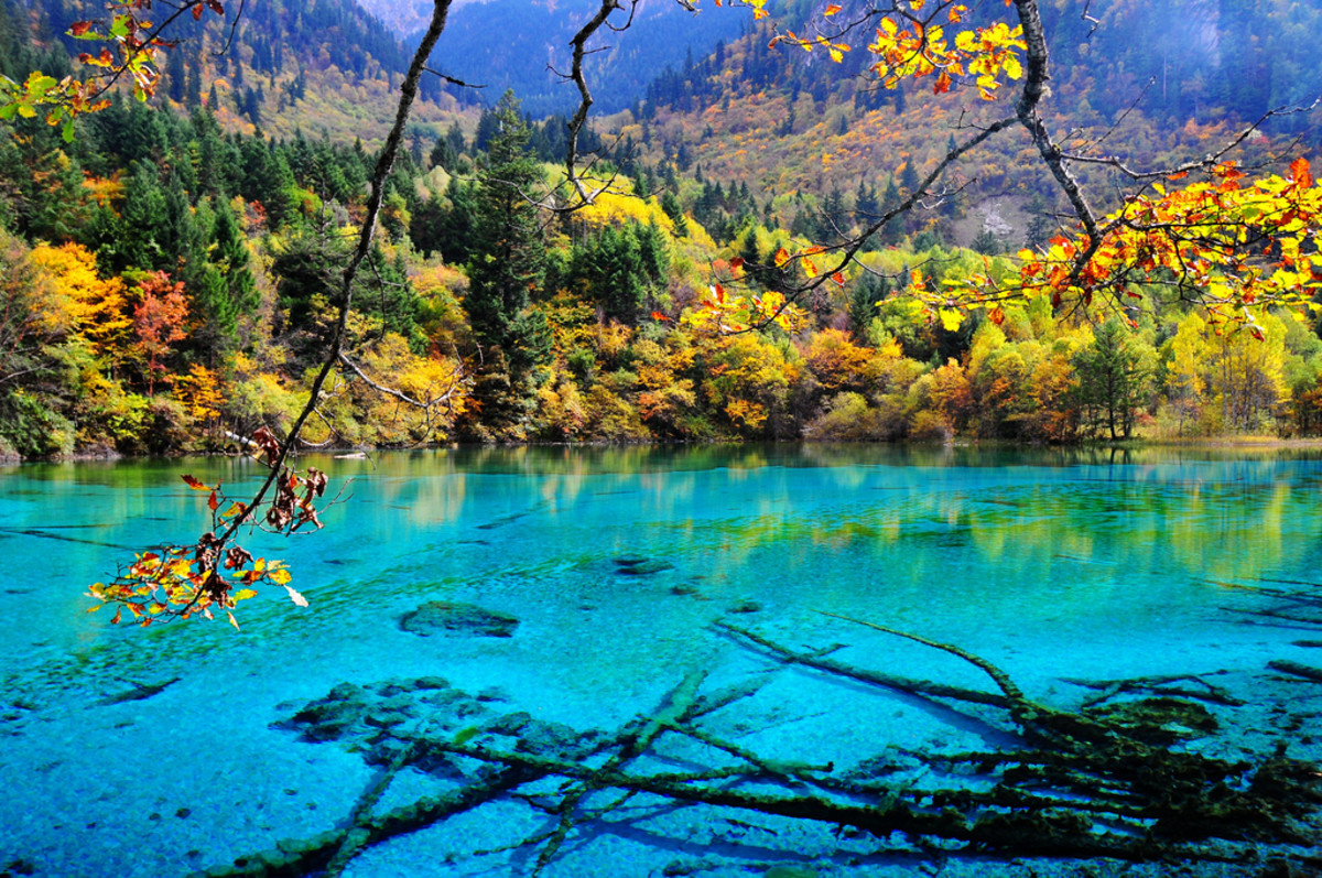 10-most-amazing-lakes-in-the-world