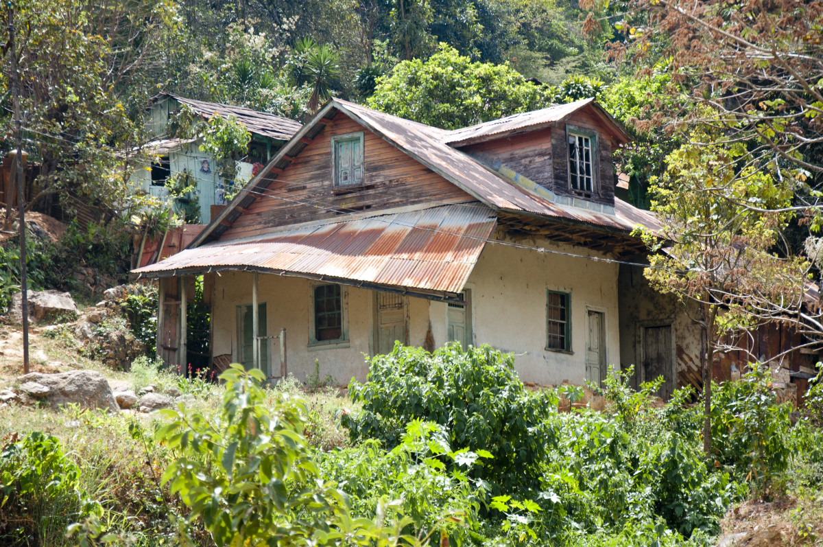 Abandoned and decaying dwelling in San Juancito.