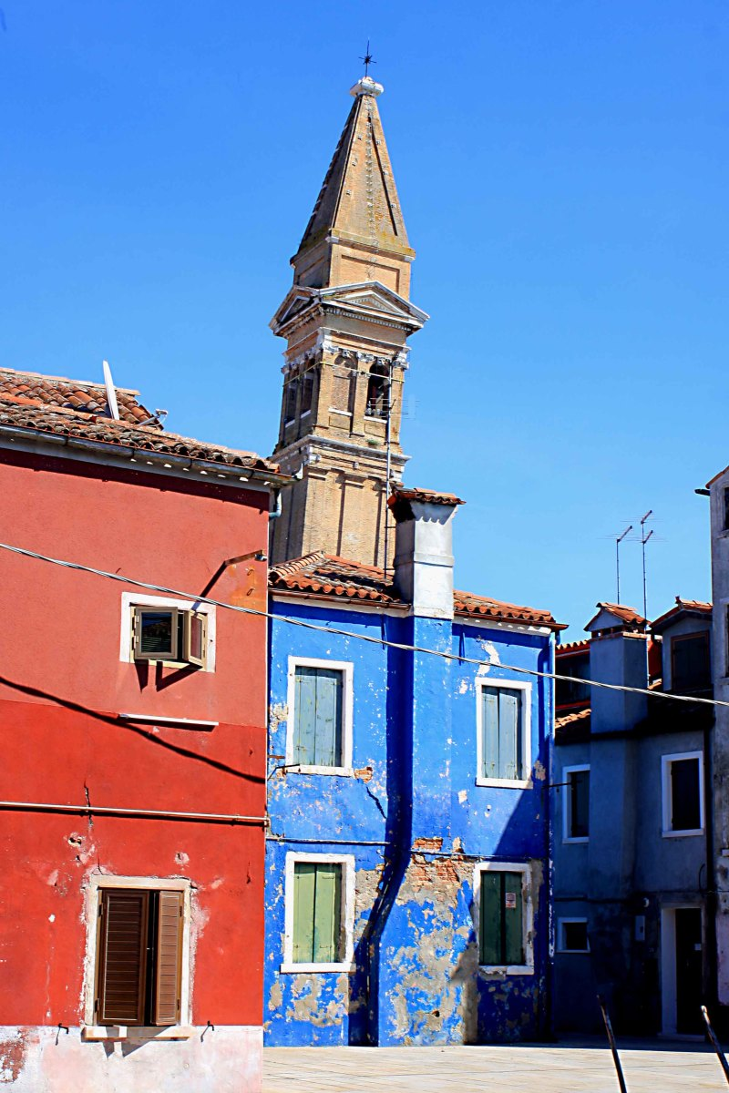 Pisa is not the only place in Italy with a leaning tower - the Campanile of San Martino Church on Burano Island also visibly leans