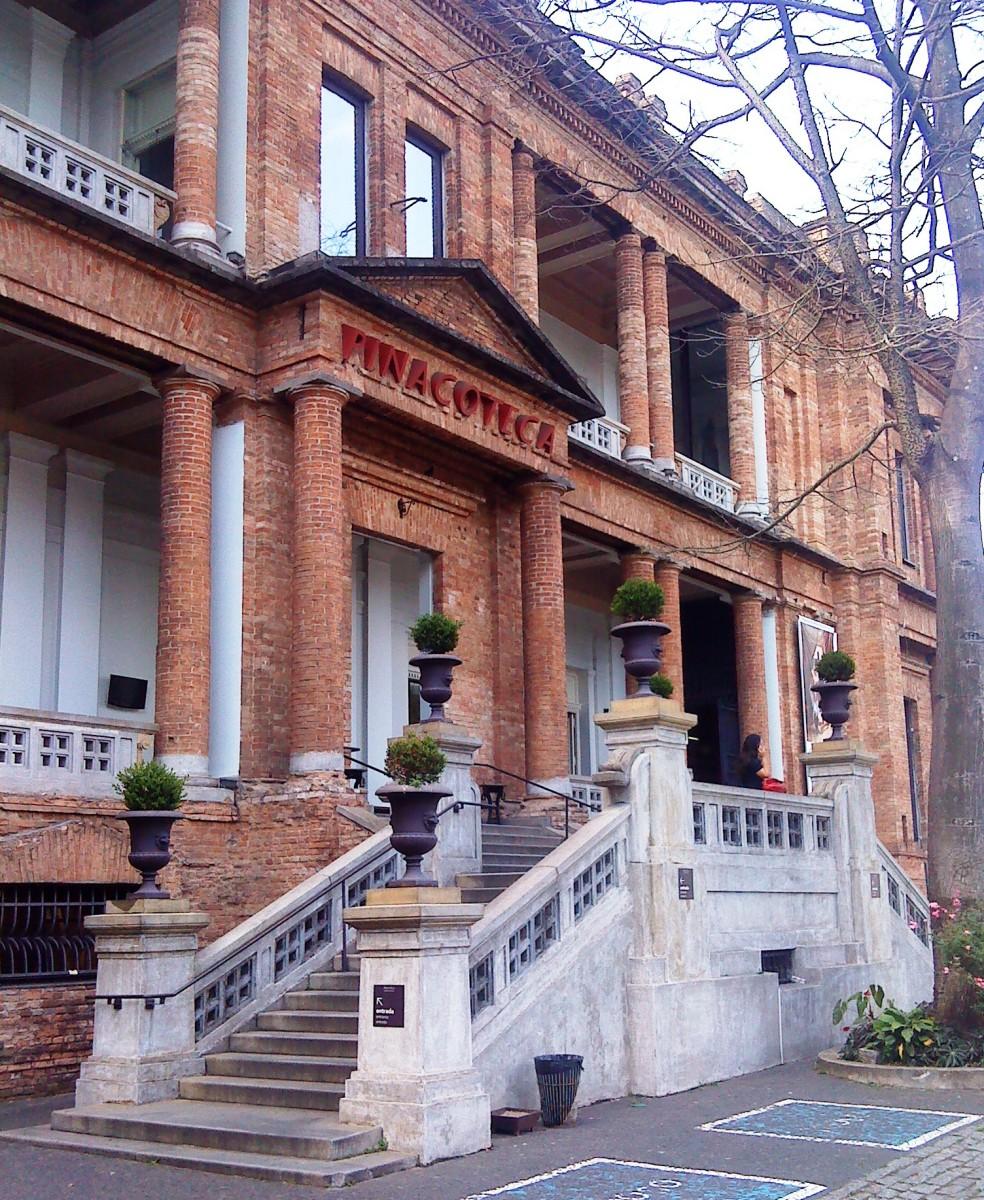 Entrance to Pinocoteca