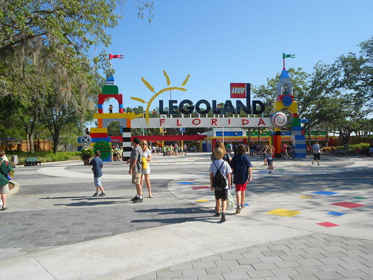 The second largest Legoland in the world, Legoland Florida has rides, attractions, restaurants, shows and shops to entertain families with children between the ages of 2 and 12.  It is built on the old Cypress Gardens theme park in Winter Haven.