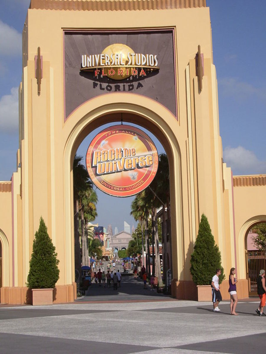The entrance to Universal Studios in 2007.  Combining the Universal Studios Florida and Universal's Islands of Adventure, the resort offers fun for all ages.