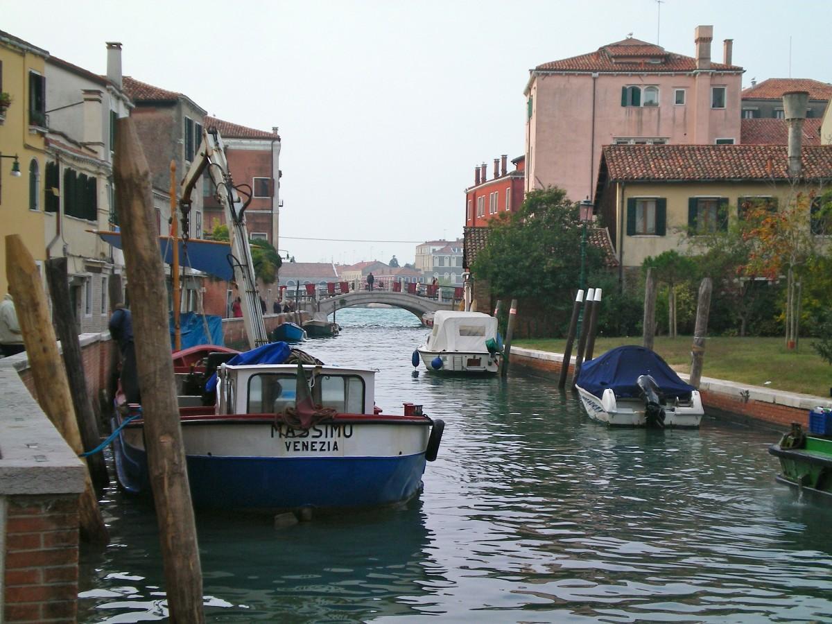 The Rio San Trovaso, Venice (c) A. Harrison