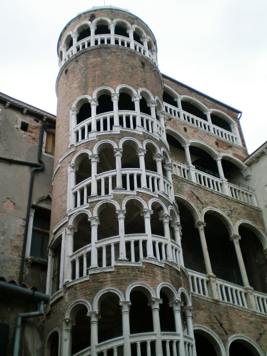 The magical Palazzo Cantarini del Bovolo, Venice (c) A. Harrison