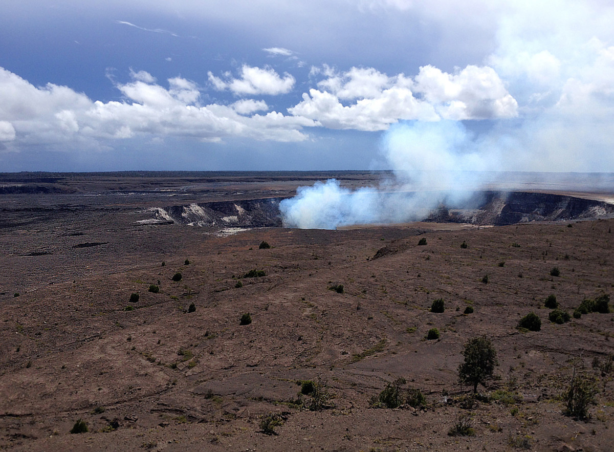 Halema'uma'u Crater at Hawai'i Volcanoes National Park.