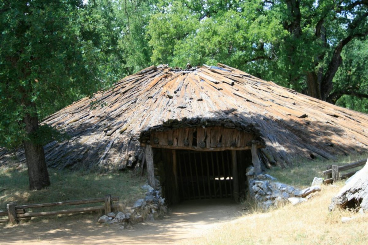 The roundhouse, or hun'ge, was the center of religious life in a Miwok village.