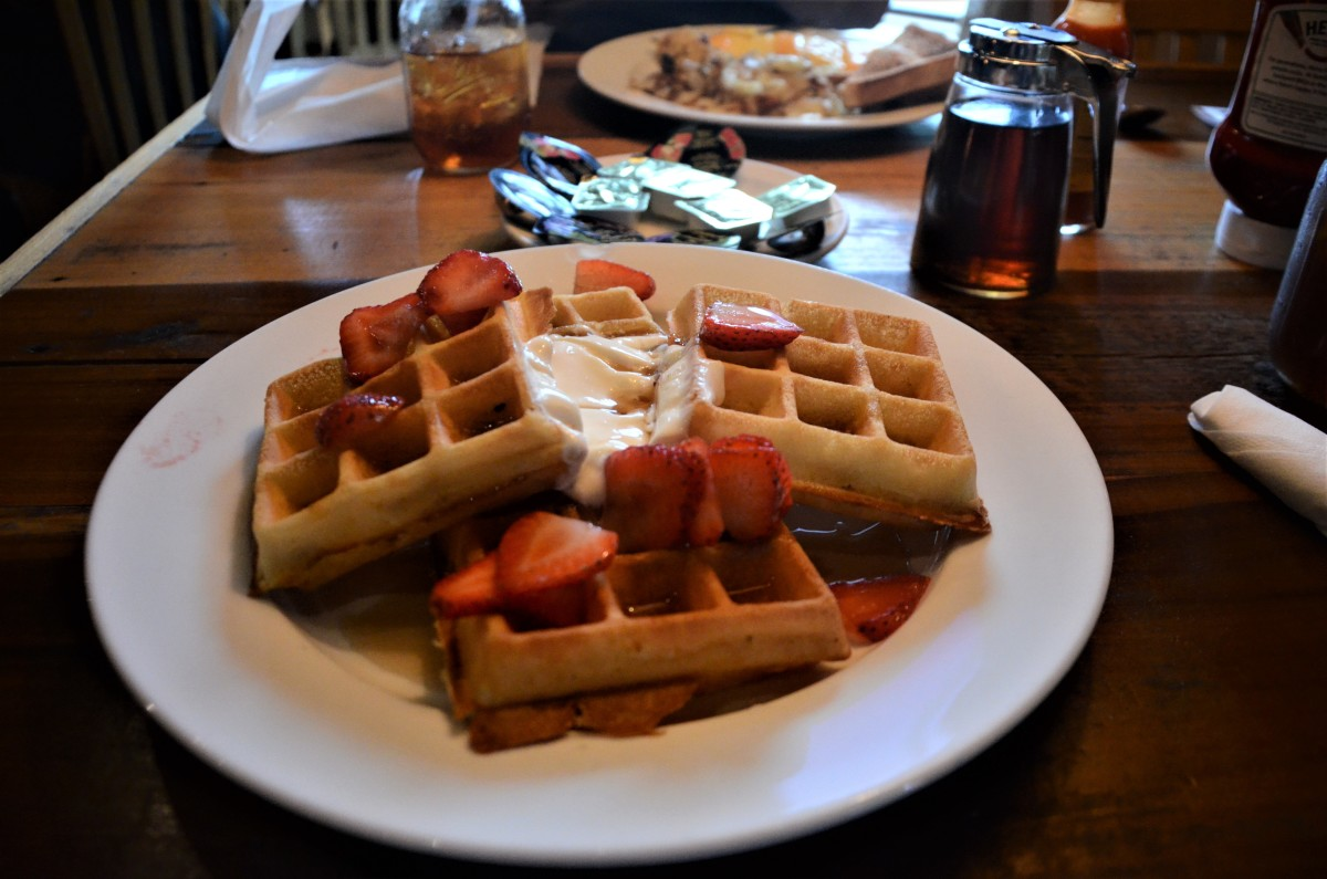 Healthy Mountain Waffles with Greek Yogurt and Fresh Strawberries at Crockett's.