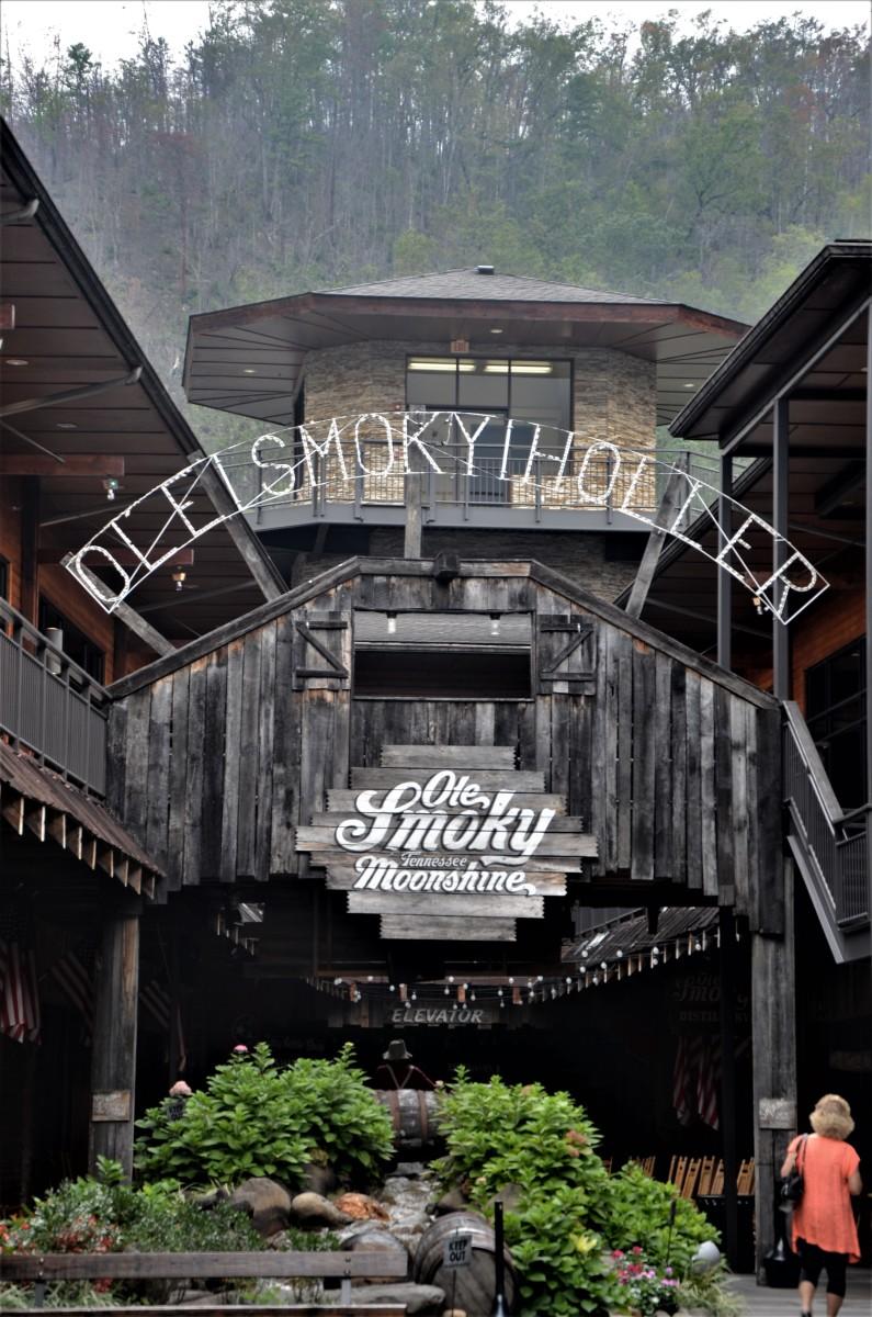 Ole Smokey Moonshine