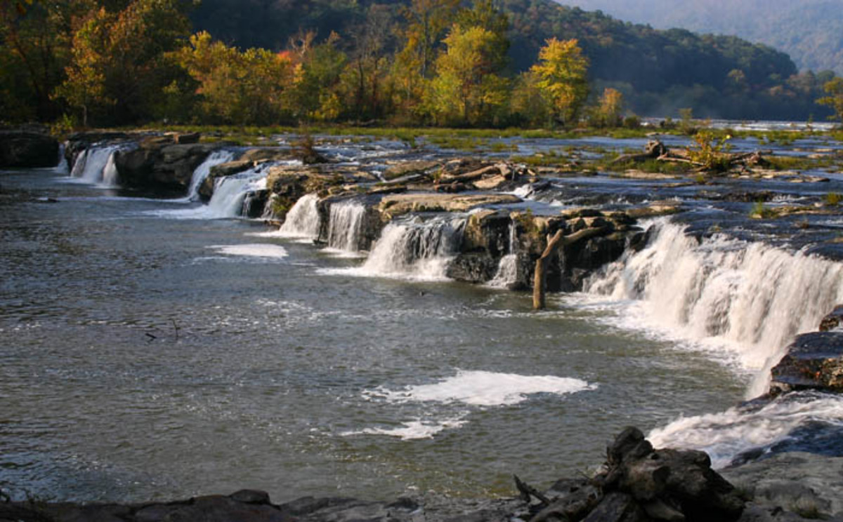 Sandstone Falls is located over an hour from the visitor center in Fayetteville, but is well worth the trip.