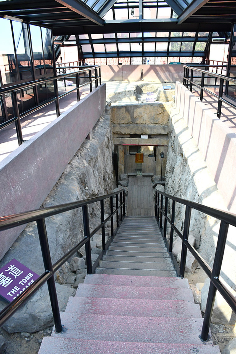 Stairway down to the mausoleum.