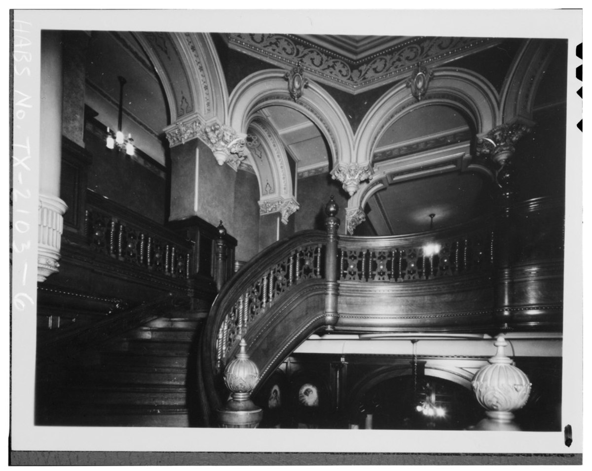 INTERIOR VIEW OF CENTER STAIR FROM CENTER LANDING - Colonel Walter Gresham House, 1402 Broadway, Galveston, Galveston County, TX