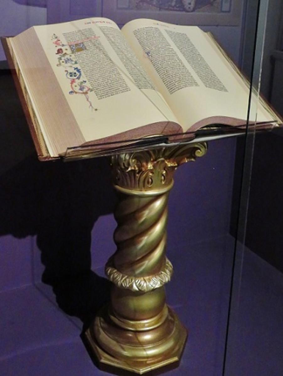 The Gutenberg Bible in fine art facsimile