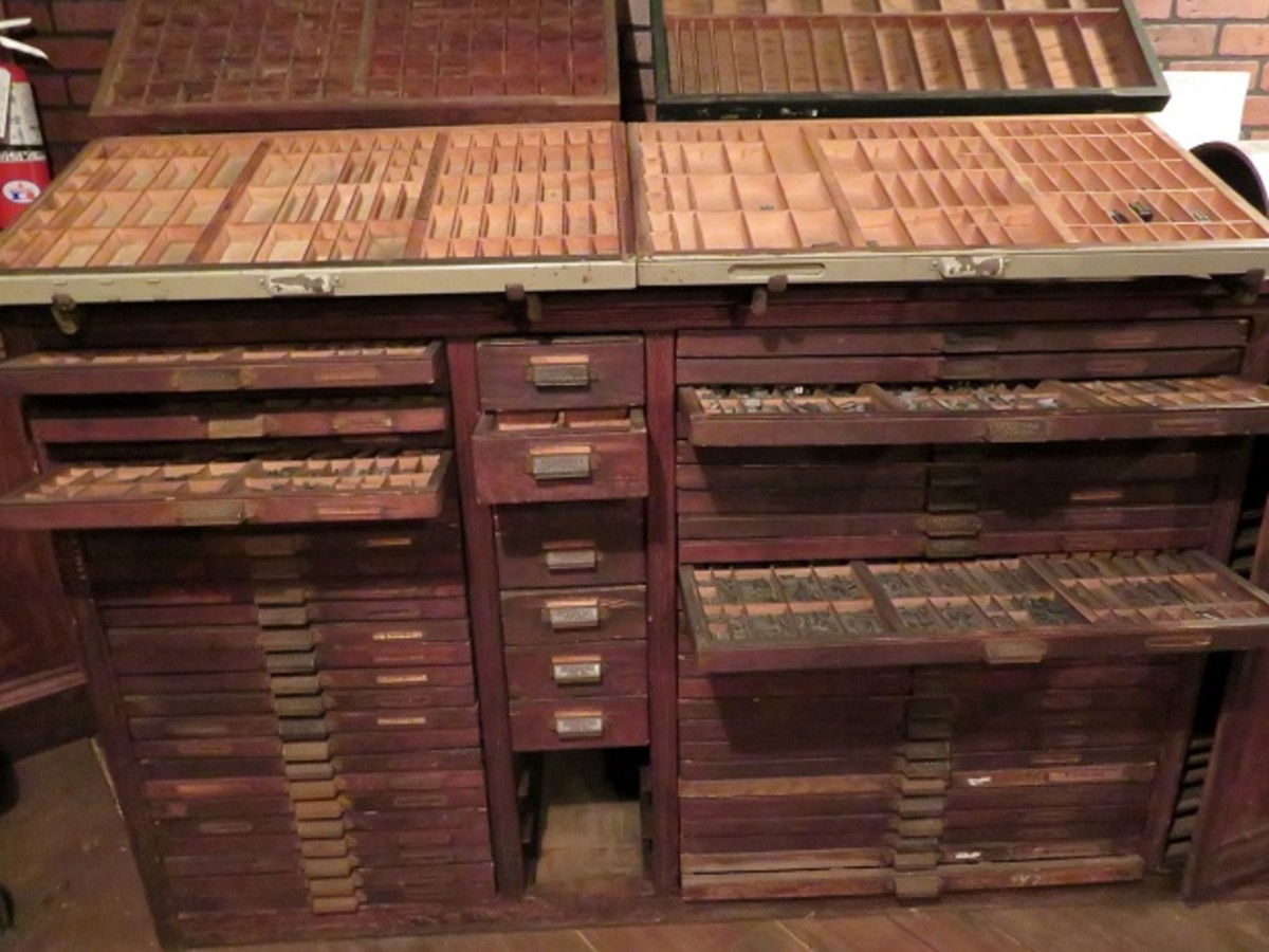 Cabinet with drawers holding type in the Hearst Newspaper Gallery