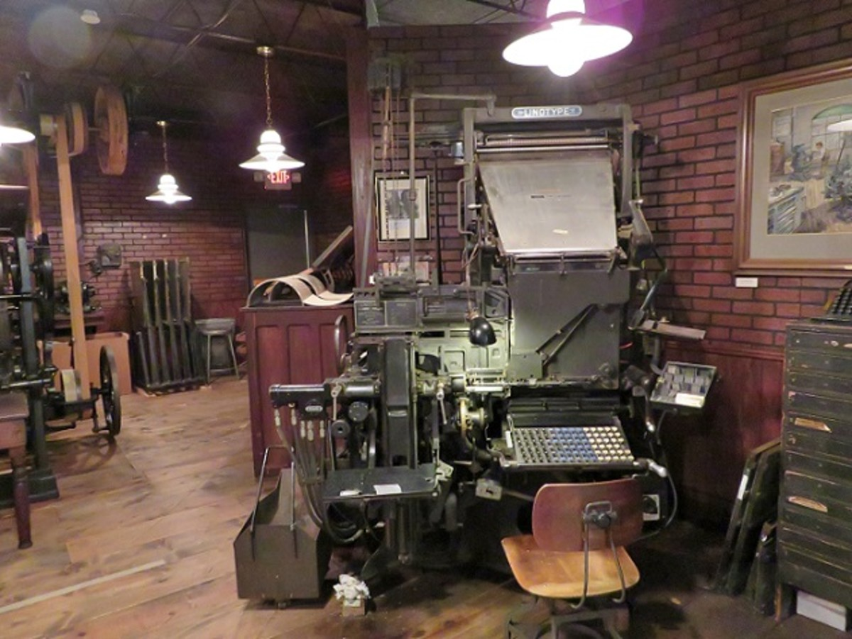 Hearst Newspaper Gallery - Linotype Machine in Foreground