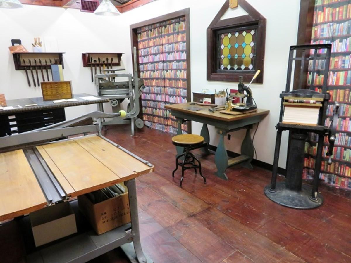 Bookbinder Studio