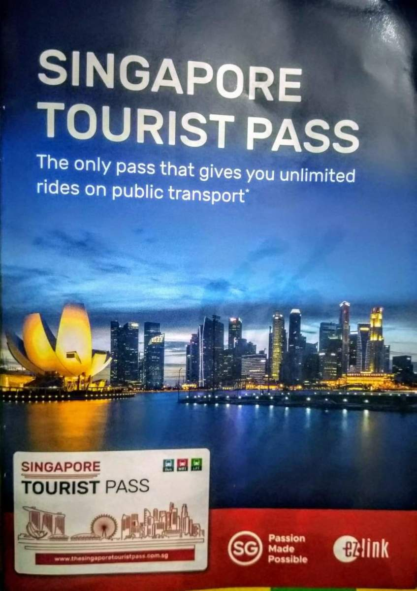 Cover of the booklet provided upon purchase of the pass.