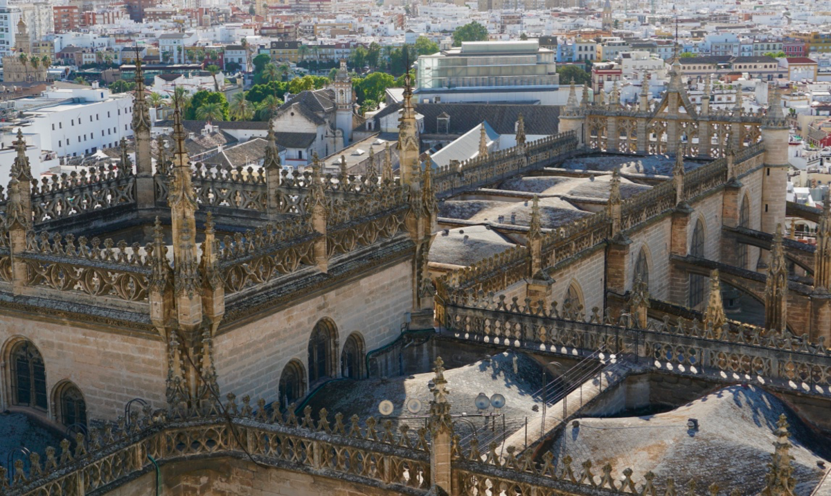 visiting-the-cathedral-of-seville-and-the-giralda-bell-tower