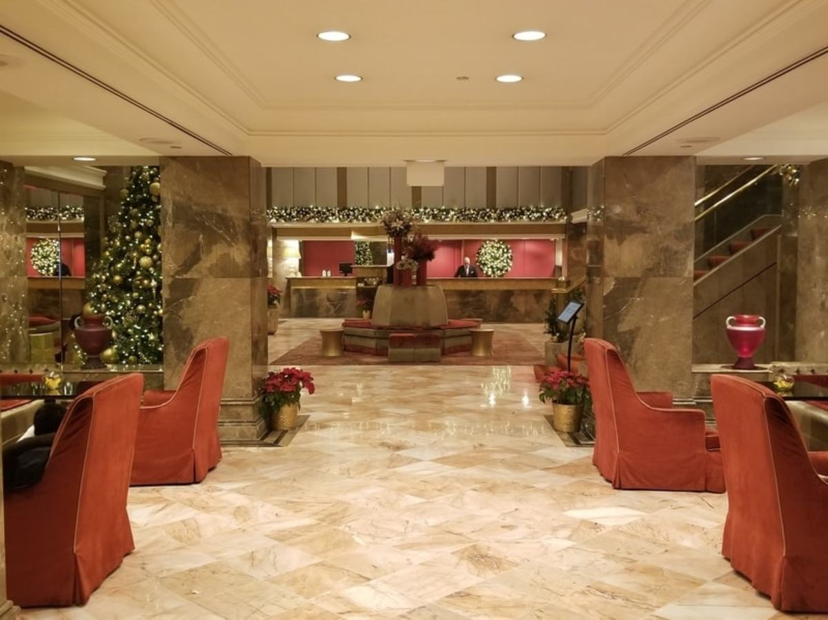 The beautifully designed entry way as you approach the front desk.