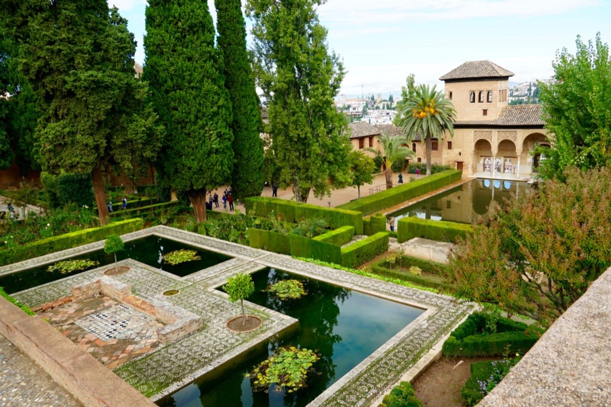 tips-tickets-tours-visiting-the-incredible-alhambra