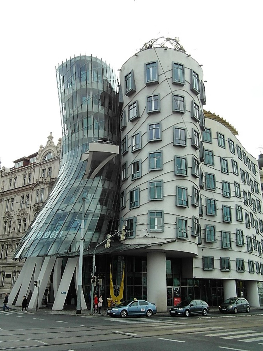 Tancici Dum, The Dancing House, Prague.