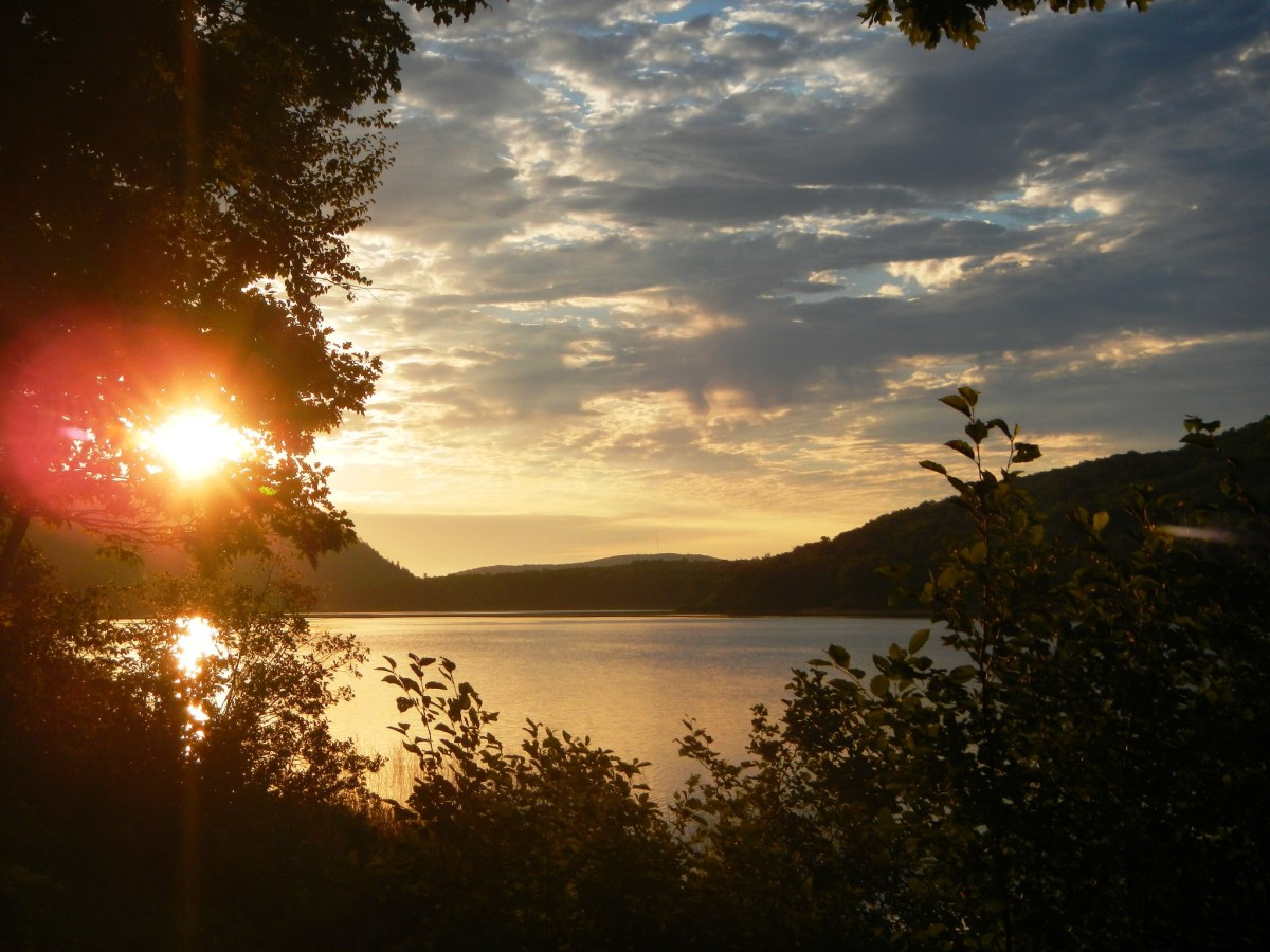 Sunrise over Lake of the Clouds @ Porcupine Mountains Wilderness State Park, Michigan