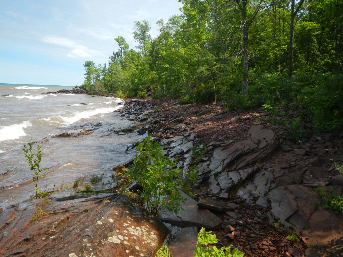 Lake Superior shoreline in Porcupine Mountains Wilderness State Park, Michigan