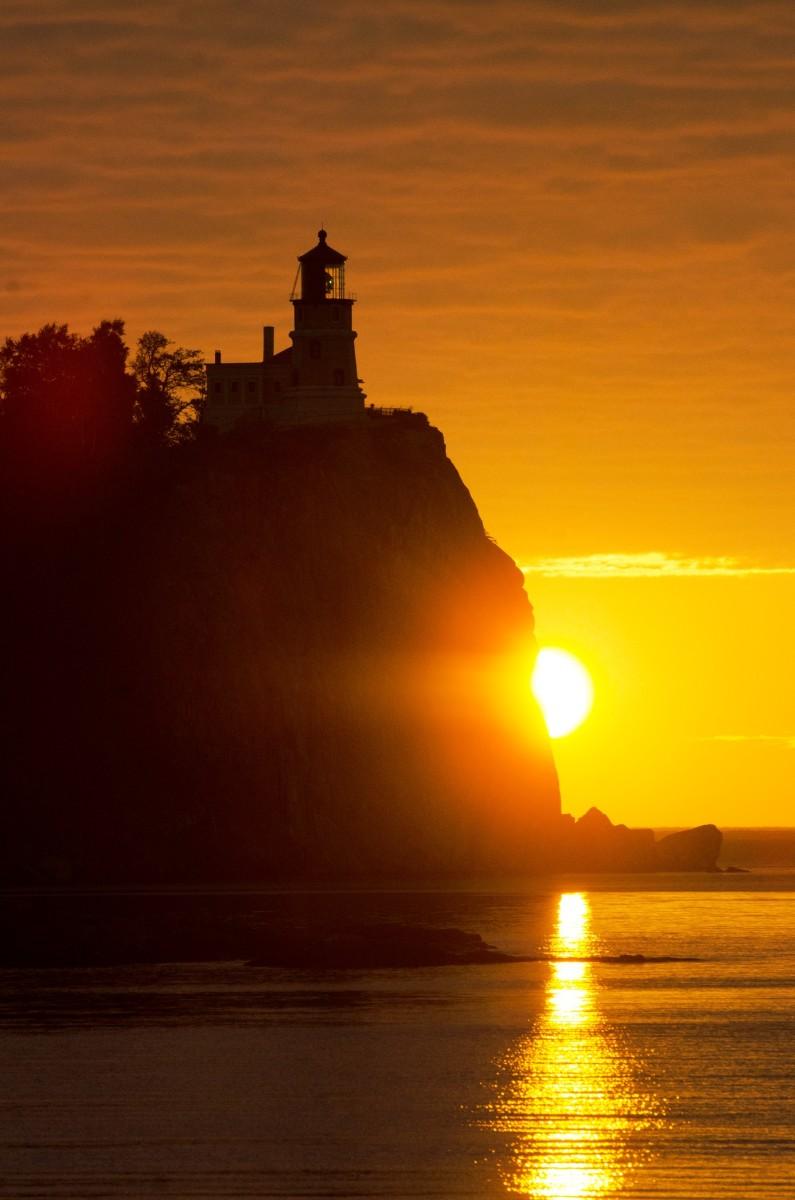 Sunrise at Spllt Rock Lighthouse - Minnesota