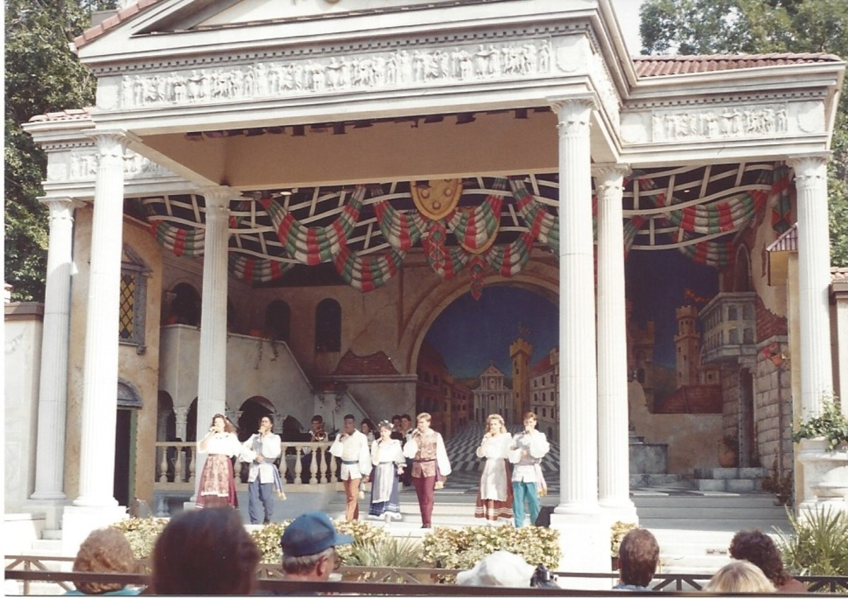 """A show at """"San Marcos"""", July 1990"""