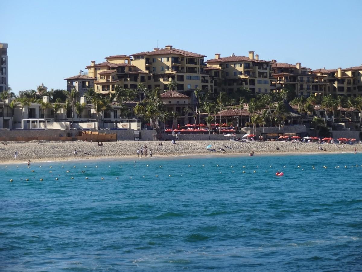 The beautiful shore at Cabo