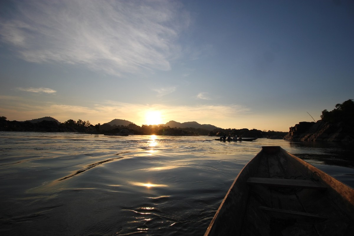 visit-the-laidback-4000-islands-in-laos