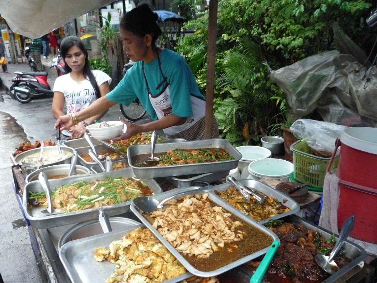 street-food-in-bangkok-thailand