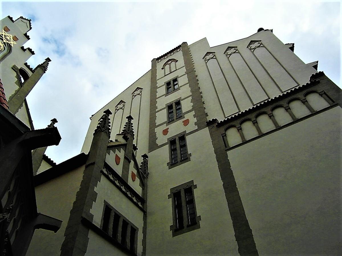 Maisel Synagogue.