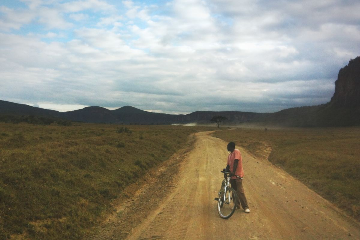 Cycling Inside Hell's Gate National Park