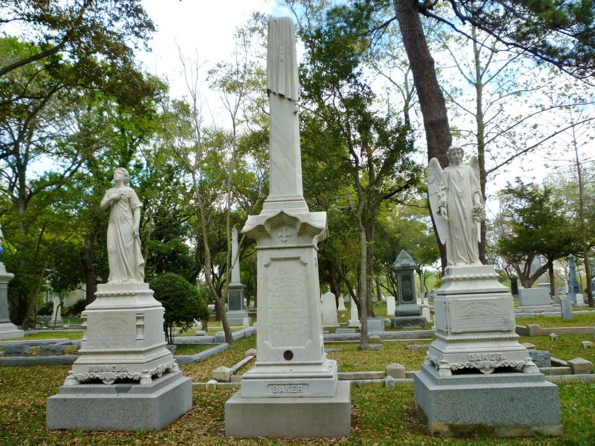 Impressive monuments in Glenwood Cemetery