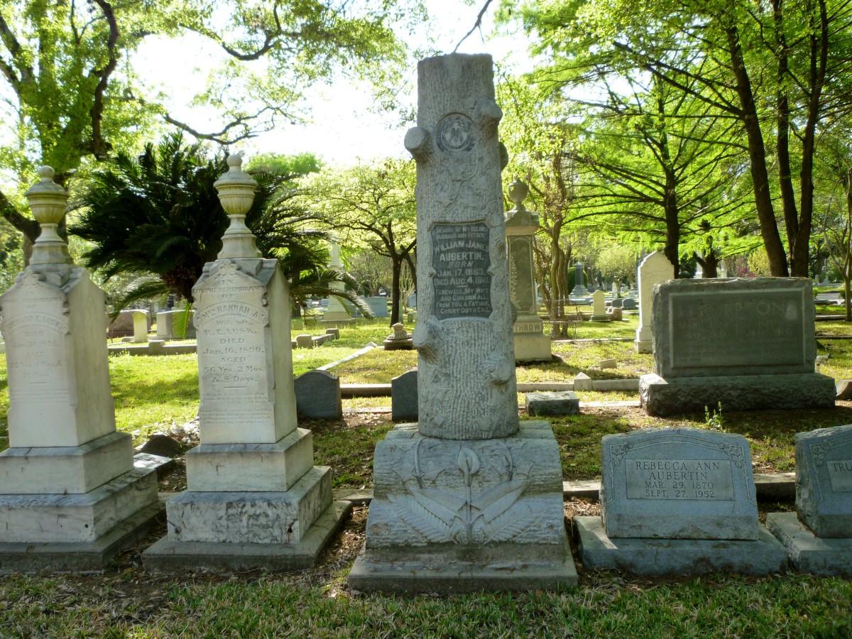 Woodmen Gravestone for William James Aubertin