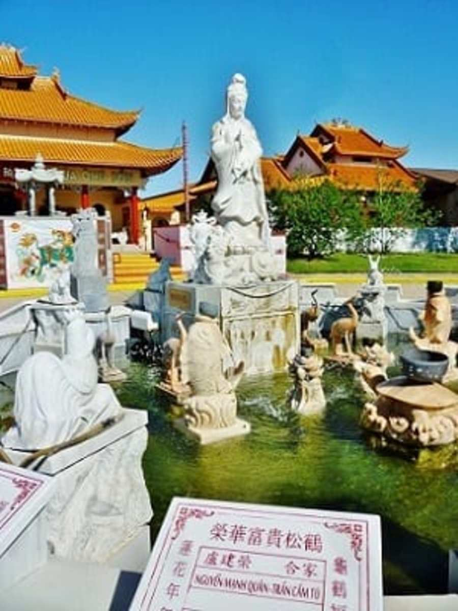Fountain with Quan Am statue & zodiac figures