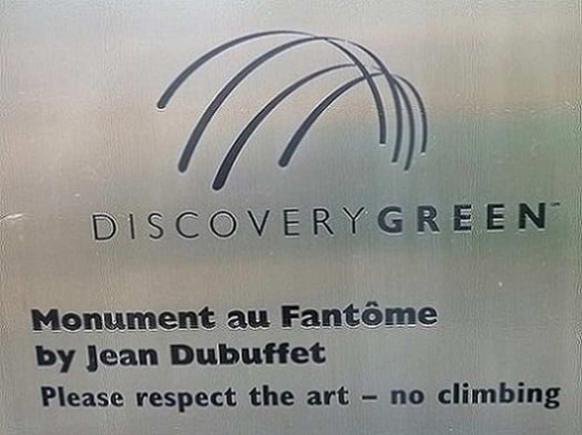 Plaque near the sculpture