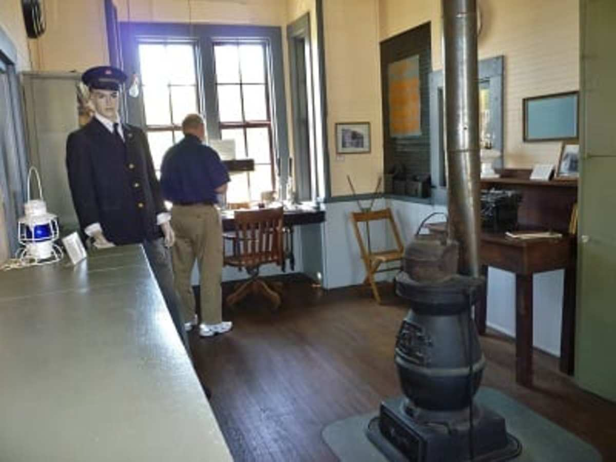 View of room inside Katy Depot & Museum