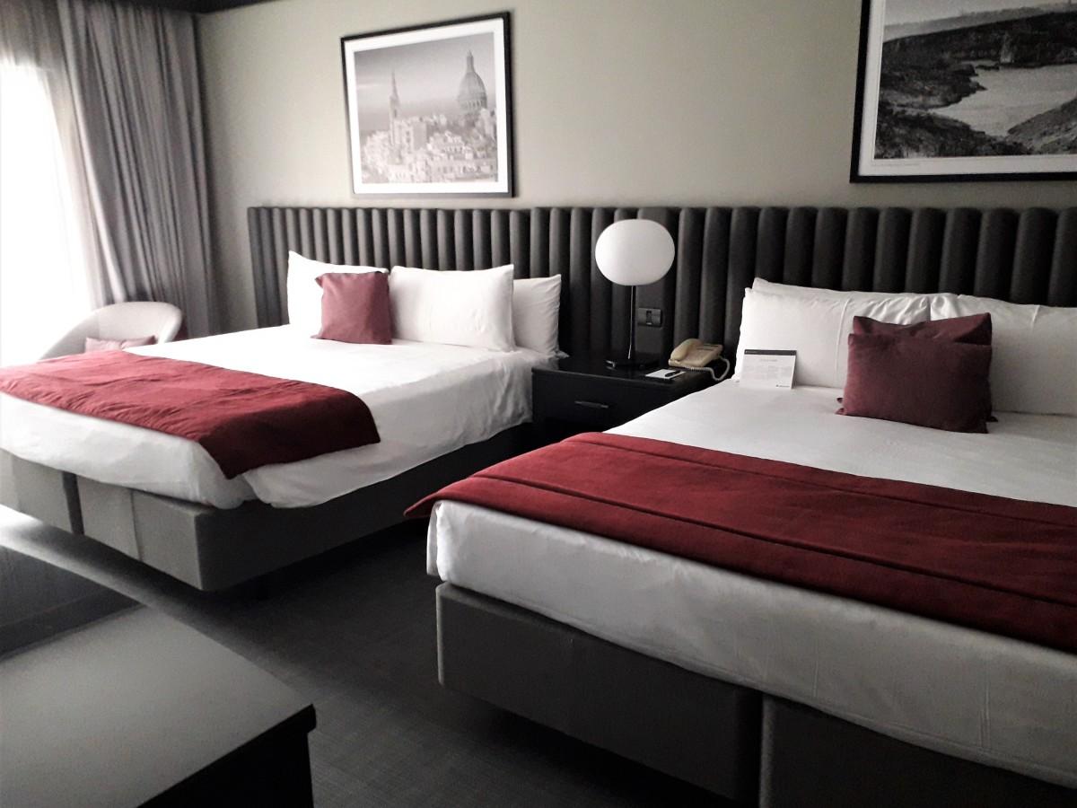 Junior suite bedroom.