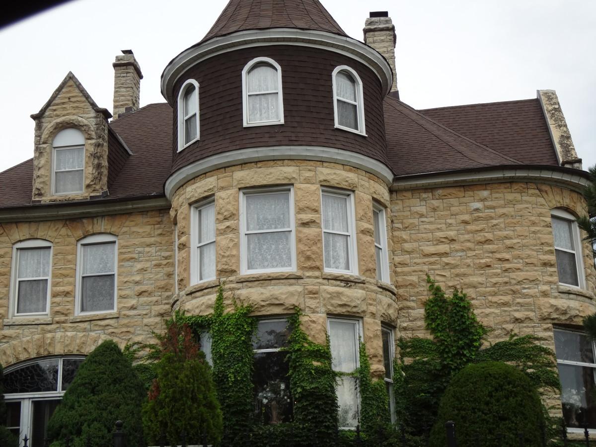 Haley Mansion Marion Street side