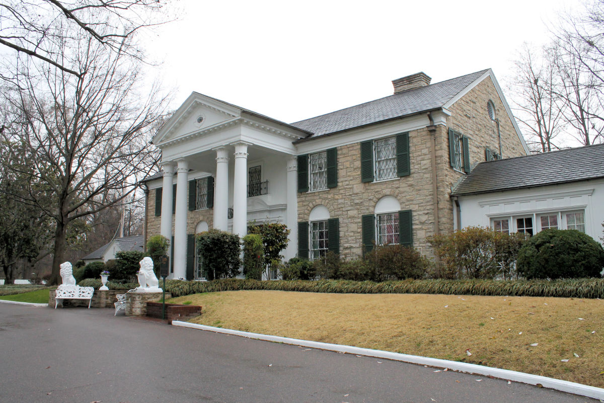 Elvis' mansion near Memphis, Tennessee.