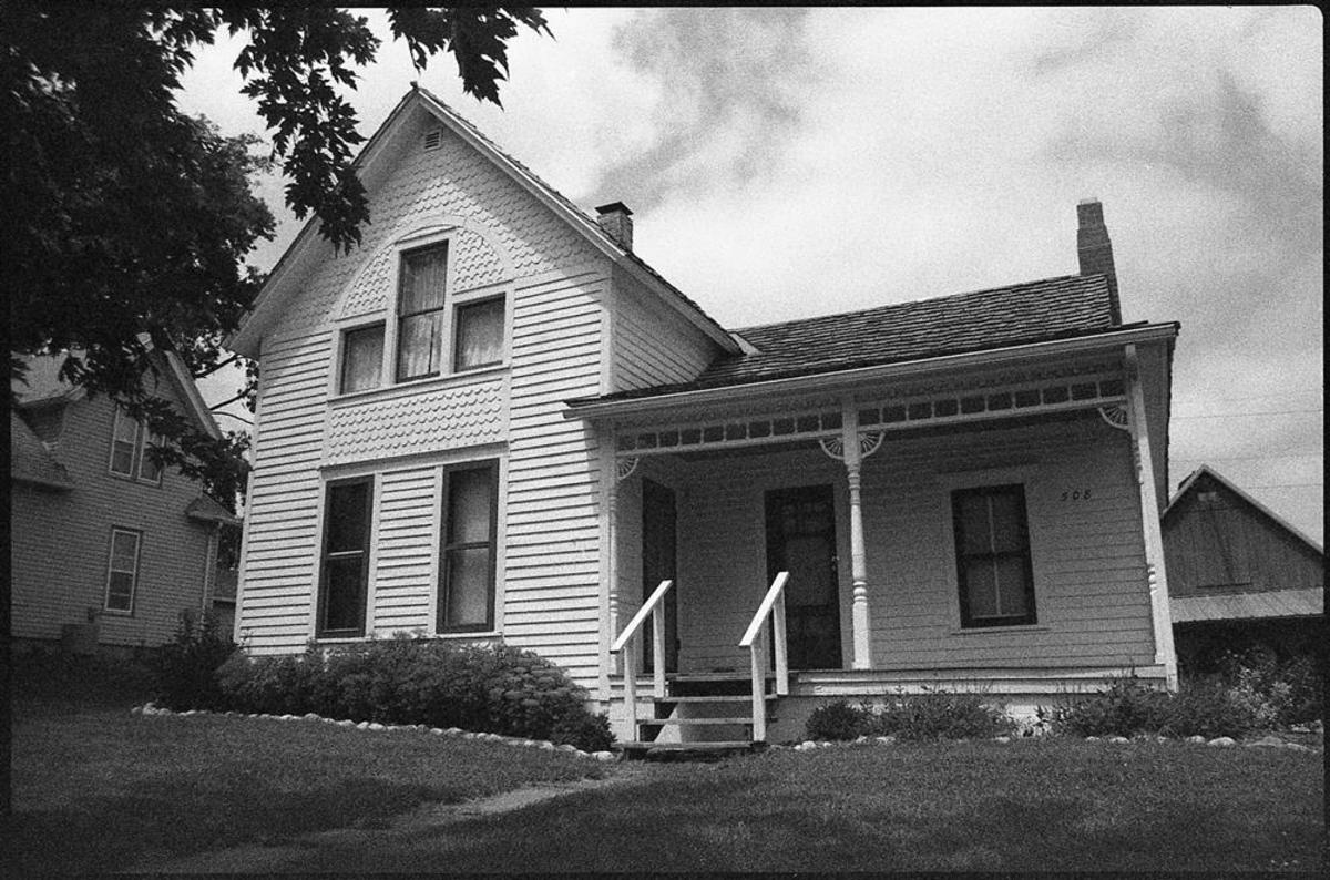 The Villisca Ax Murder House is one of a few private homes that became one of the scariest haunted places in the US.