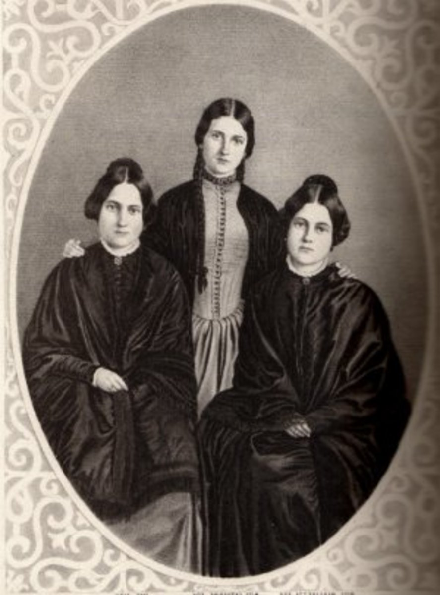 The Fox sisters.